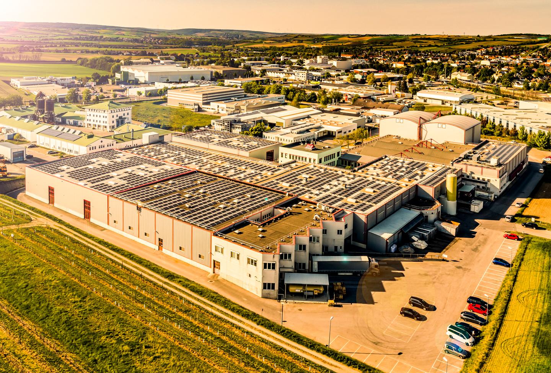 Kotányi Firmengebaeude in Wolkersdorf aus der Vogelperspektive